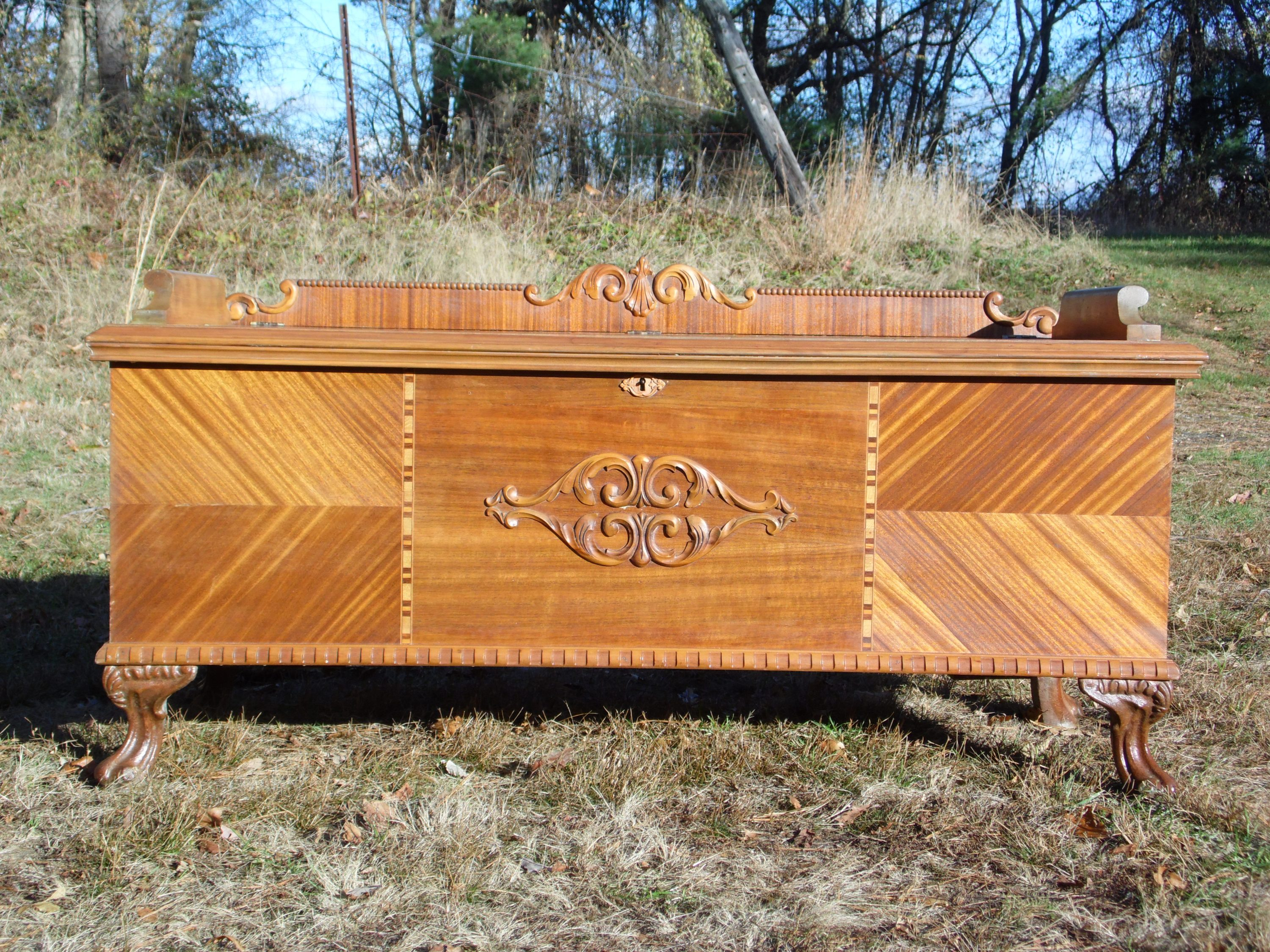 Antique Walnut Lane Art Deco Cedar Hope Chest Storage Trunk