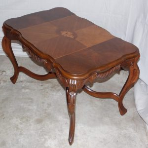 Antique Art Deco Walnut Inlaid Side Cocktail Accent Coffee Table