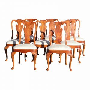Vintage Set of 8 Traditional Queen Anne Style Dining Chairs