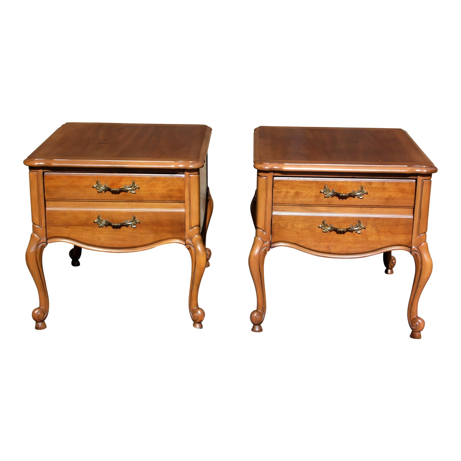 Vintage Pair Lane French Provincial Style Walnut End Tables Nightstands