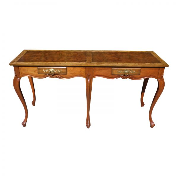 Vintage Traditional Baker Furniture Louis XV Style Walnut Console Sofa Table