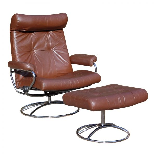 Vintage Mid Century Modern Ekornes Stressless Lounge Chair & Ottoman Chrome Base