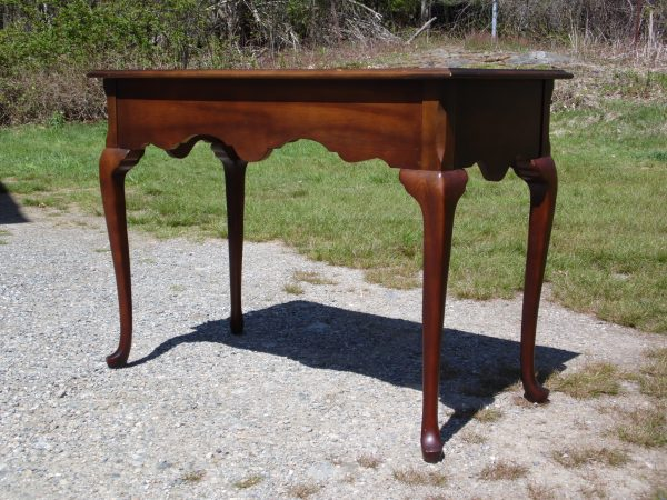 Vintage Queen Anne Style Mahogany Desk Vanity Console Entry Table