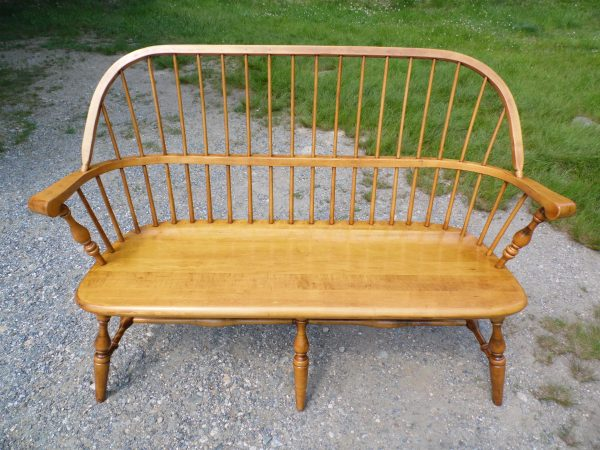 Vintage Ethan Allen Circa 1776 Solid Maple Bench Windsor Back Settee