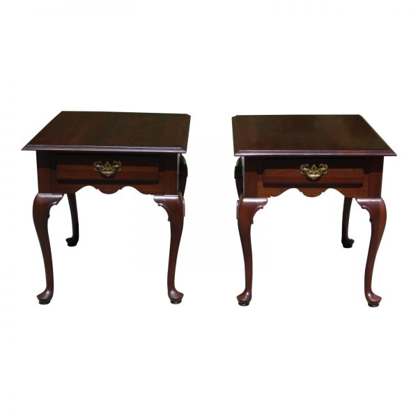Pair Ethan Allen Georgian Court Queen Anne Style Cherry End Tables Nightstands